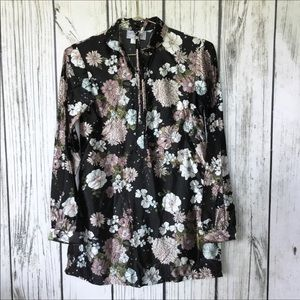 Shapely floral new vintage top